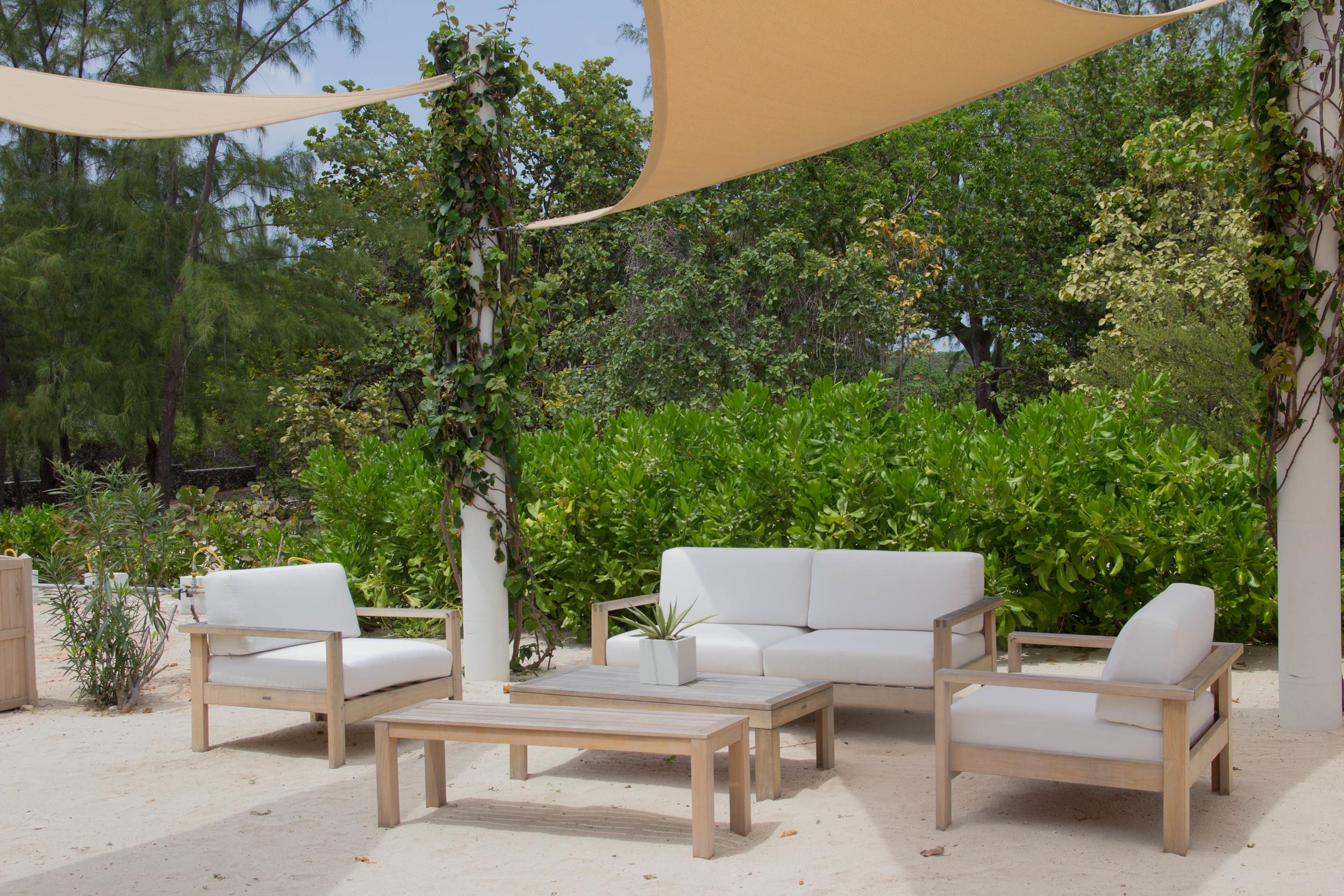 le soleil d'or, cayman brac, grand cayman islands, caribbean islands, vacation, farm, fresh, organic, mimosas, beach, bcbg panama hat