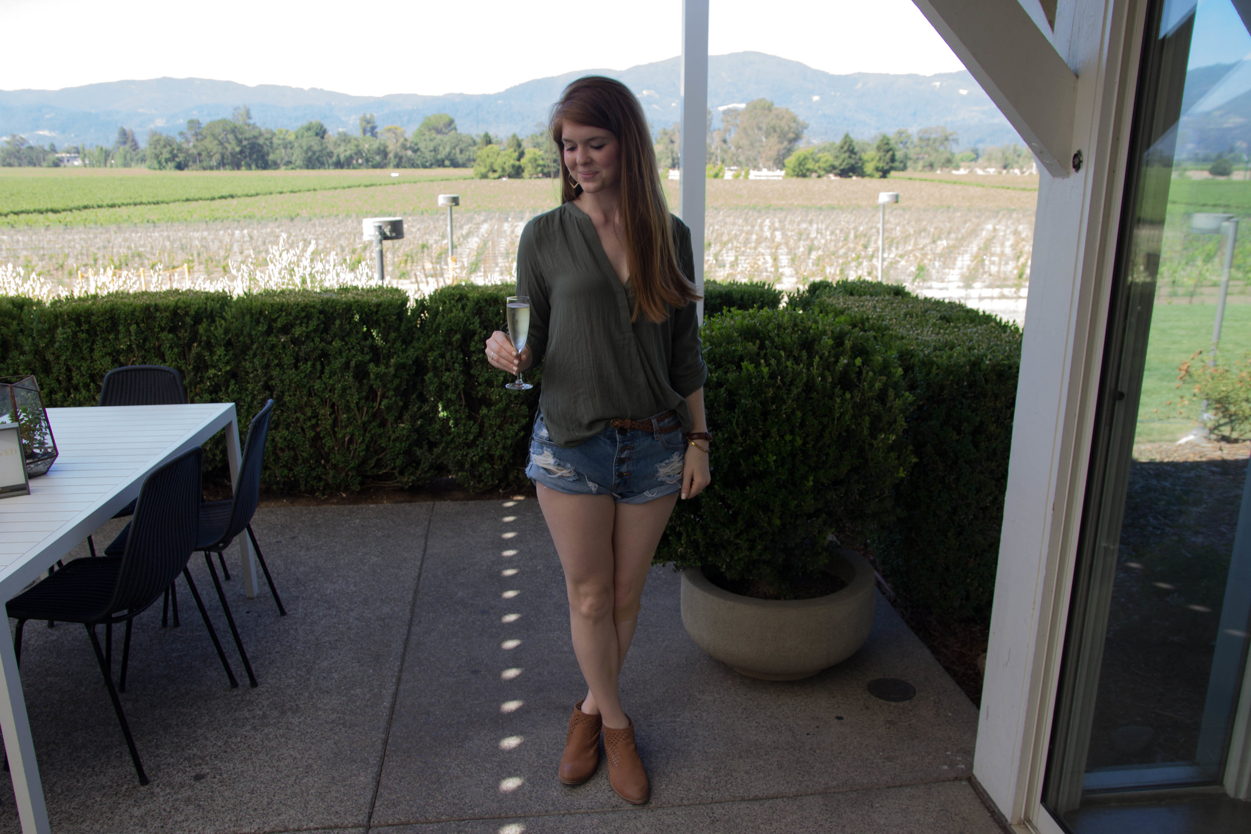 napa, napa valley, california, wine country, 24 hours in napa, what to do if you only have 1 day in napa, where to wine taste in napa, mumm napa, sparkeling wine, champagne, olive lush tunic, waypoint seychelles booties, one teaspoon shorts