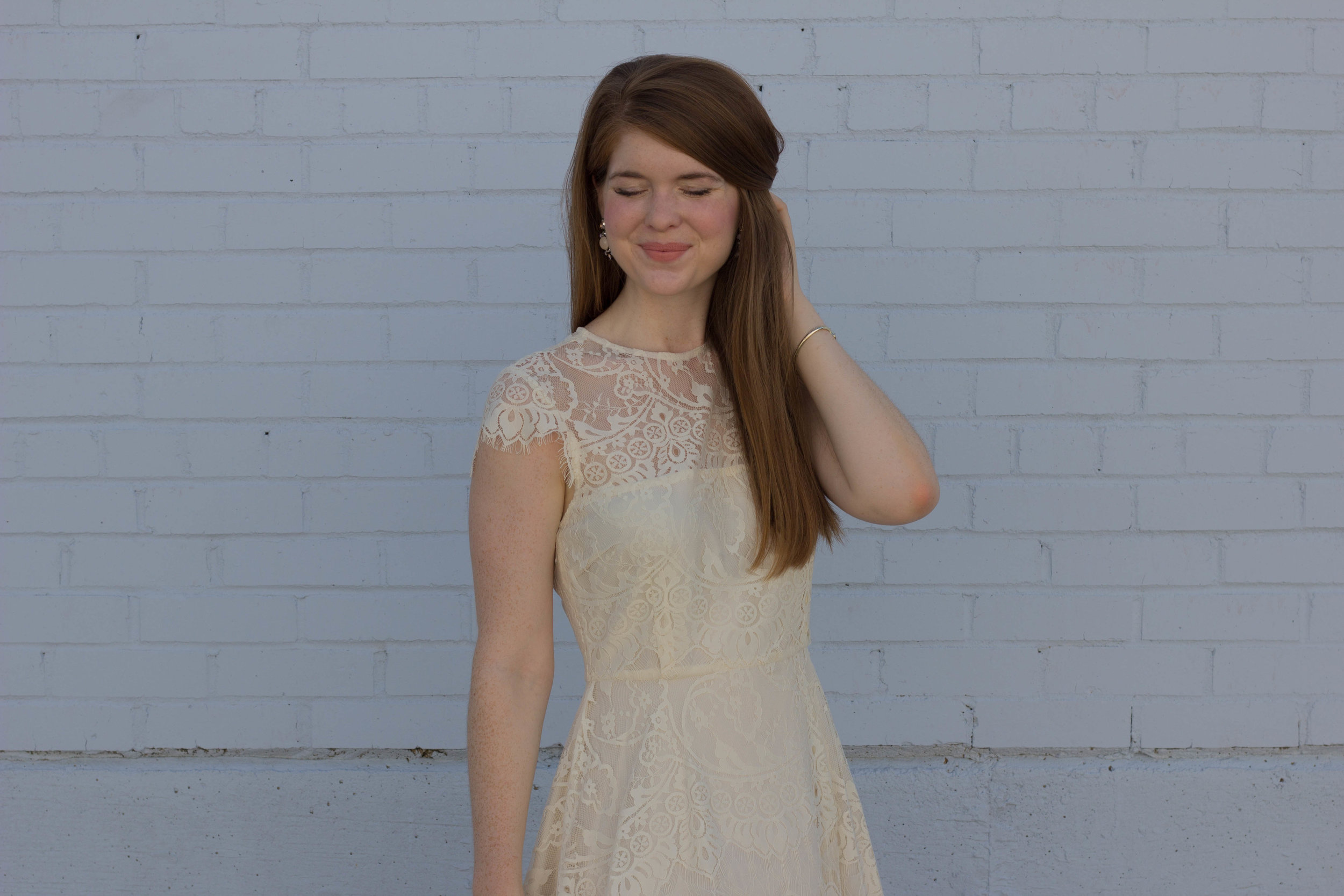 bb dakota lace dress, bridal shower dress, ivory lace dress, what to give as a hostess gift, the perfect hostess gift no matter the occasion, rewined candles, blanc collection