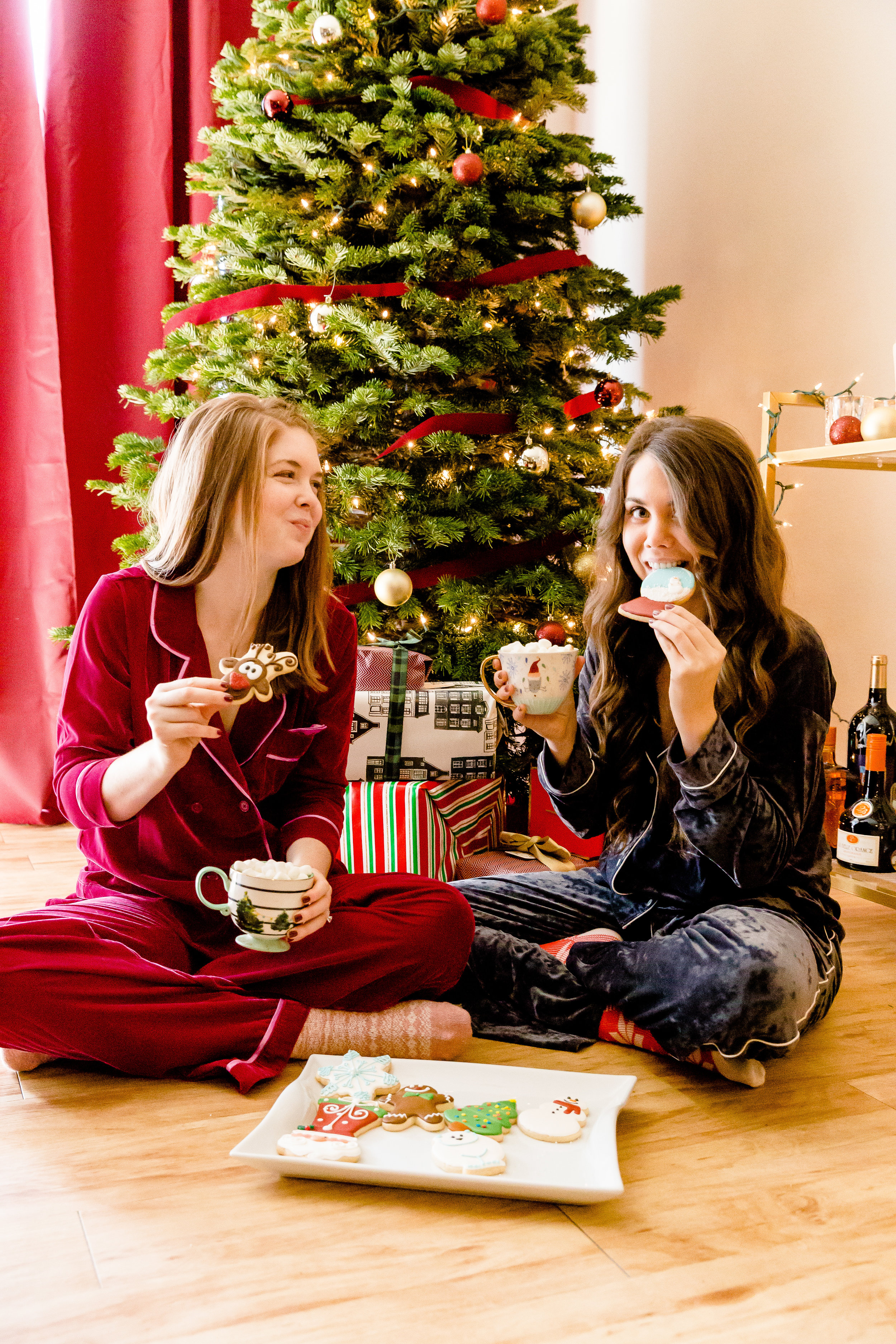 christmas pajama guide, madison katlin photography, room service velvet pajamas, american eagle aerie velvet pajamas, assorted christmas cookies, anthropologie christmas mug, christmas inspo, holiday inspo, dallas fashion blogger