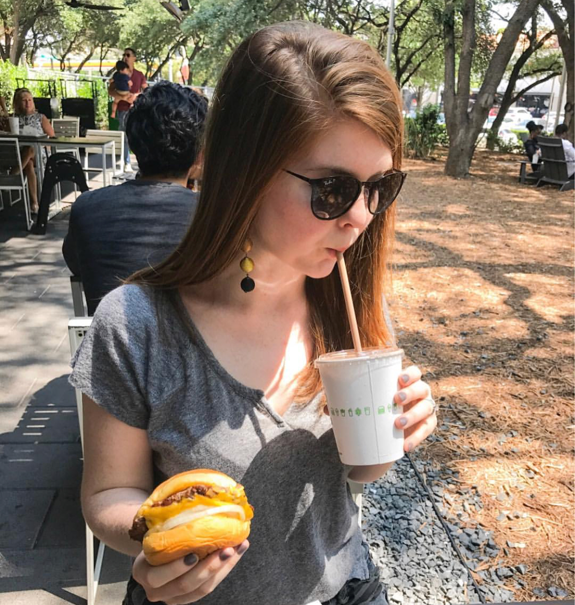 my relationship with food, what i typically eat in a day, dallas blogger, dallas foodie, ellespann, lments of style