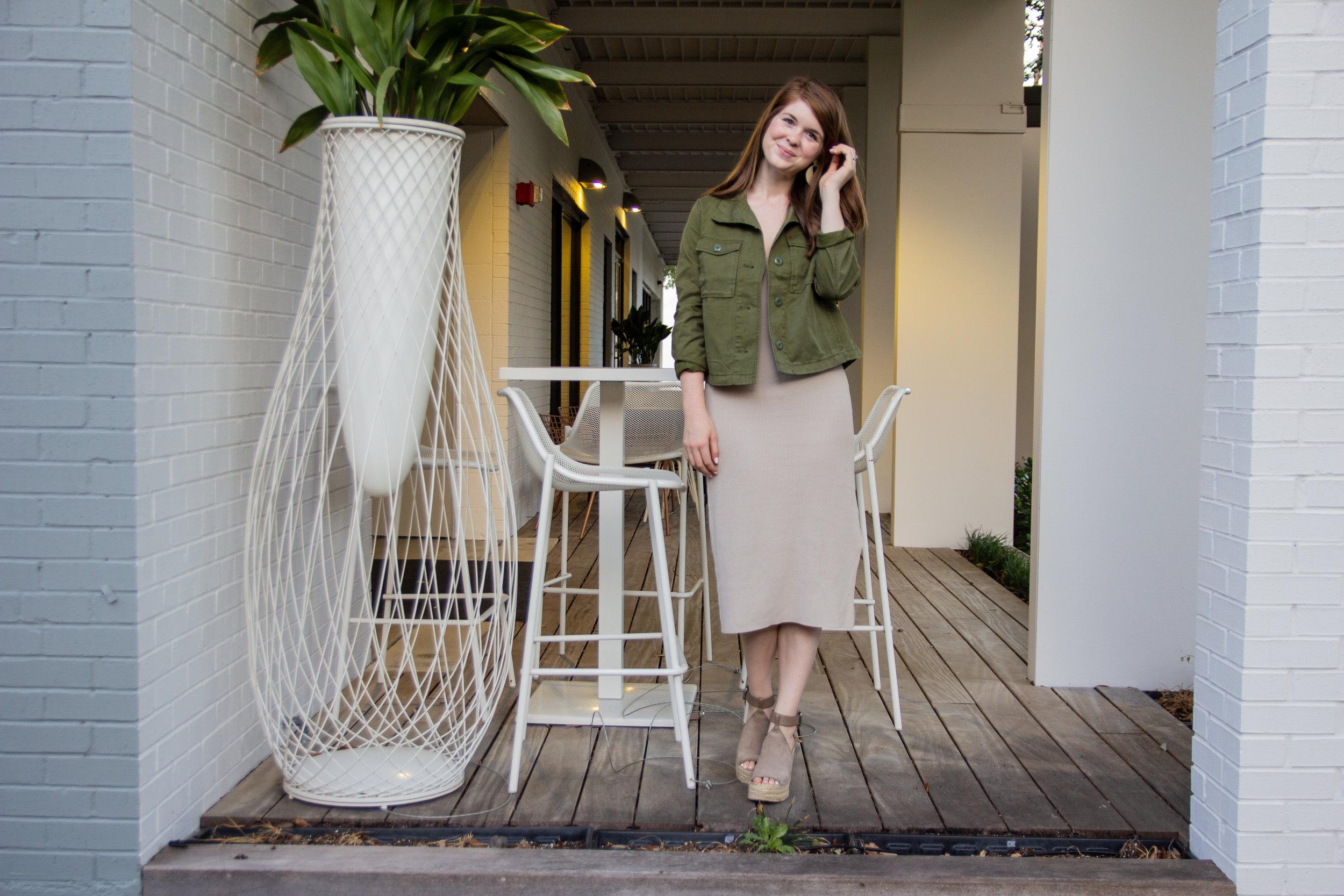 the art of versatility, neutral knit midi dress, nordstrom anniversary sale basics, lments of style, ellespann, kendra scott diane earrings