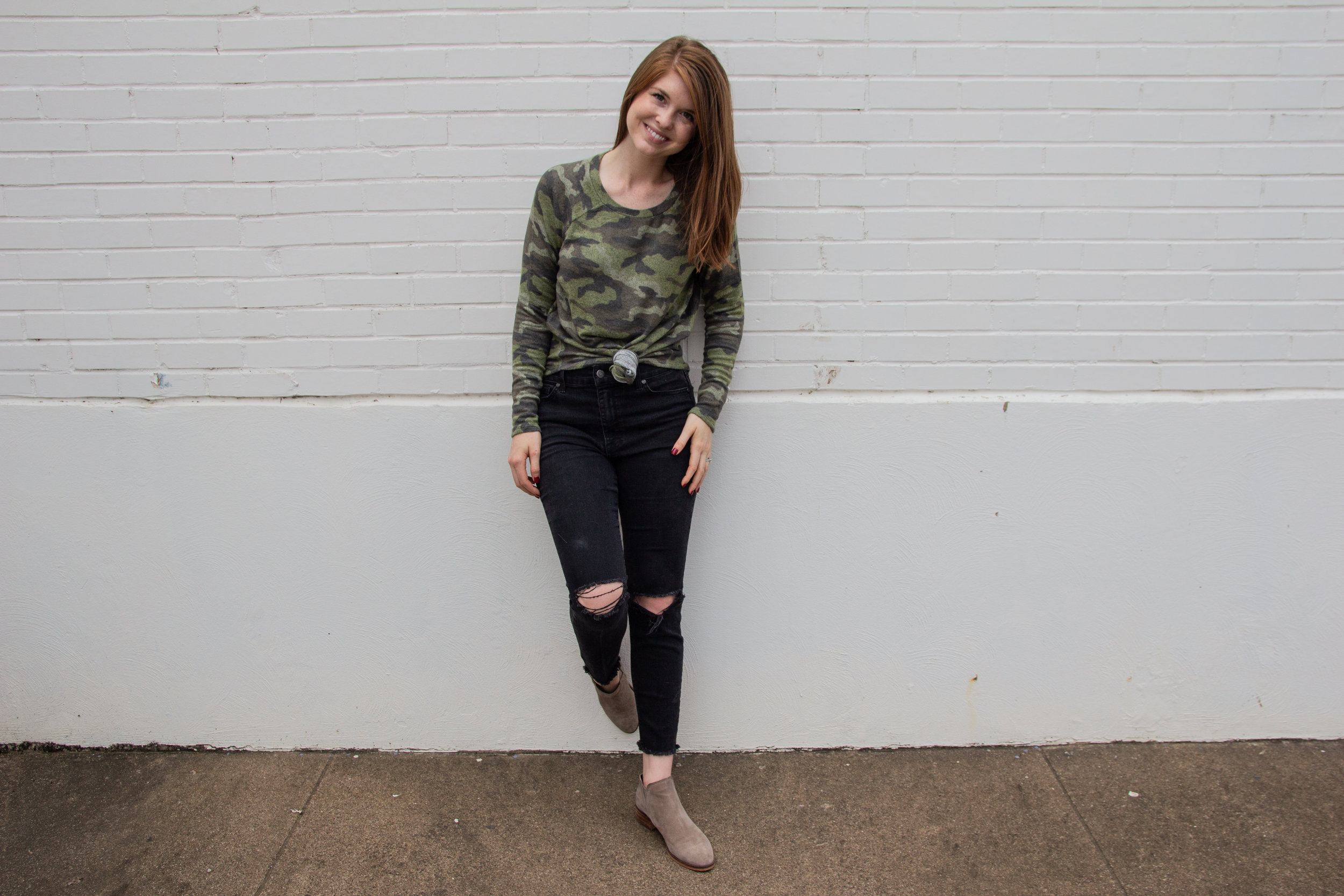 tips for battling hormonal acne, cruelty free beauty, nontoxic skincare, green skincare, american eagle sexy plush classic crew neck shirt, madewell black jeans, dolce vita booties