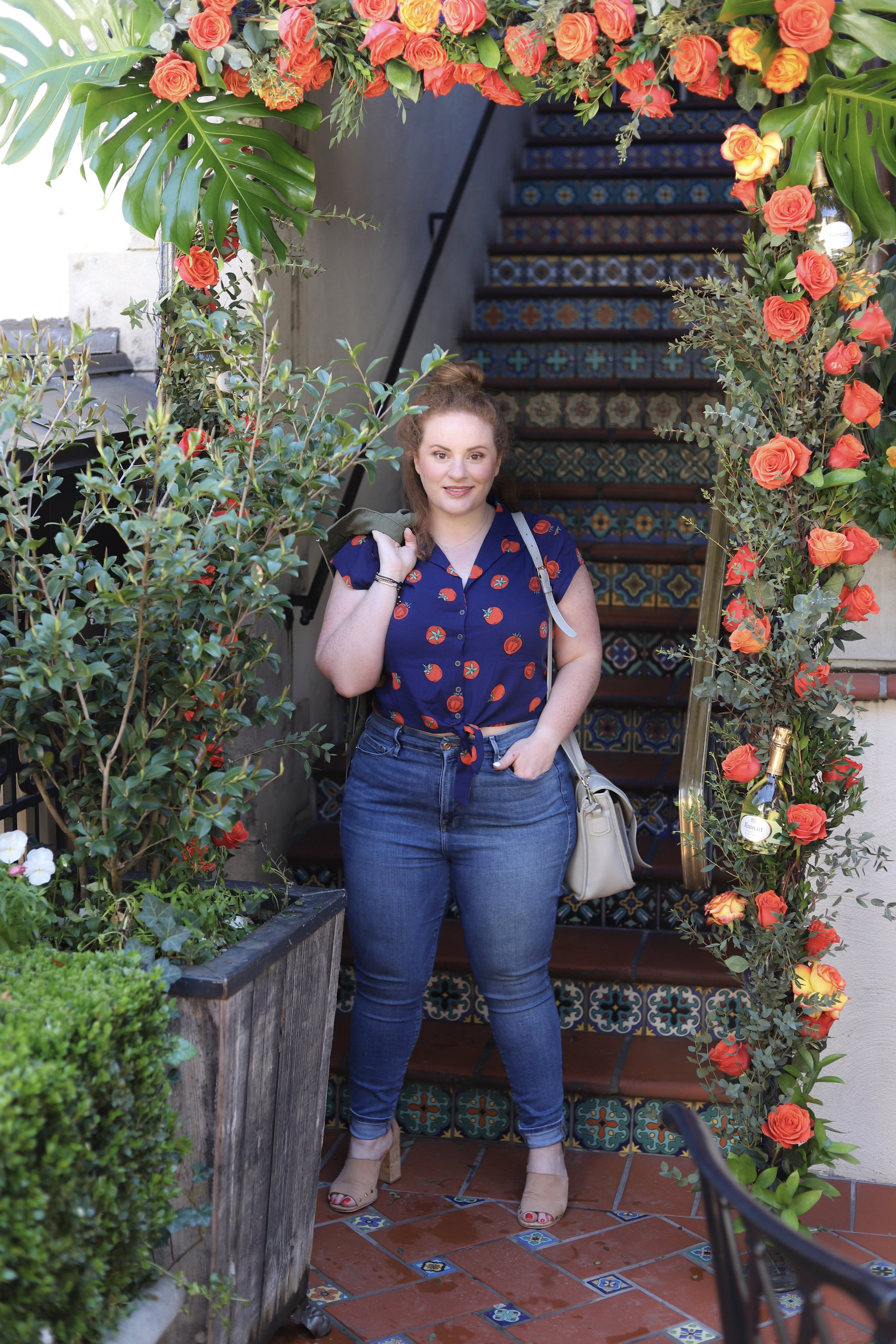 style for every body, petite, plus size, curvy, short, tall, jeans, madewell, good american, american eagle, jeans for every body type, body positivity, meredith, the healthy curve, dallas bloggers