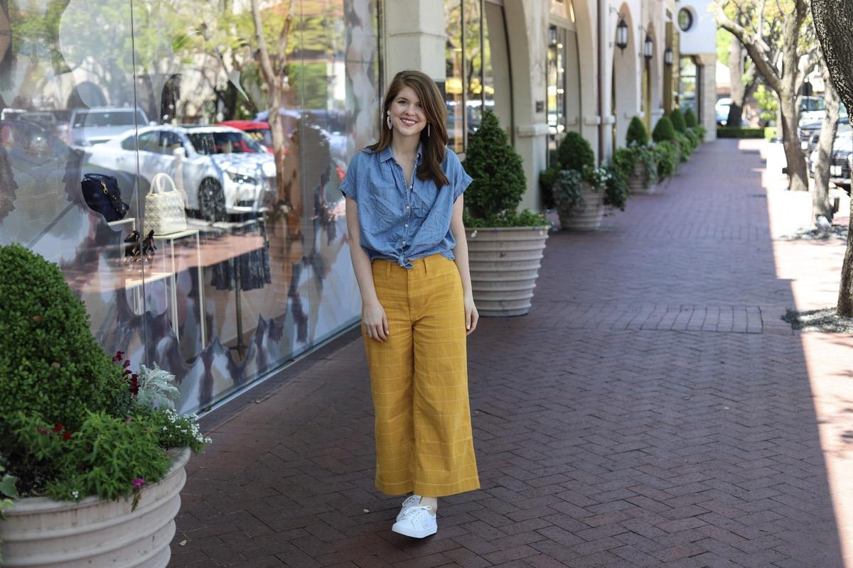 Madewell Emmett Windowpane Crop Wide Leg Pants, the art of versatility, yellow pants styled 3 ways, how to wear yellow pants,