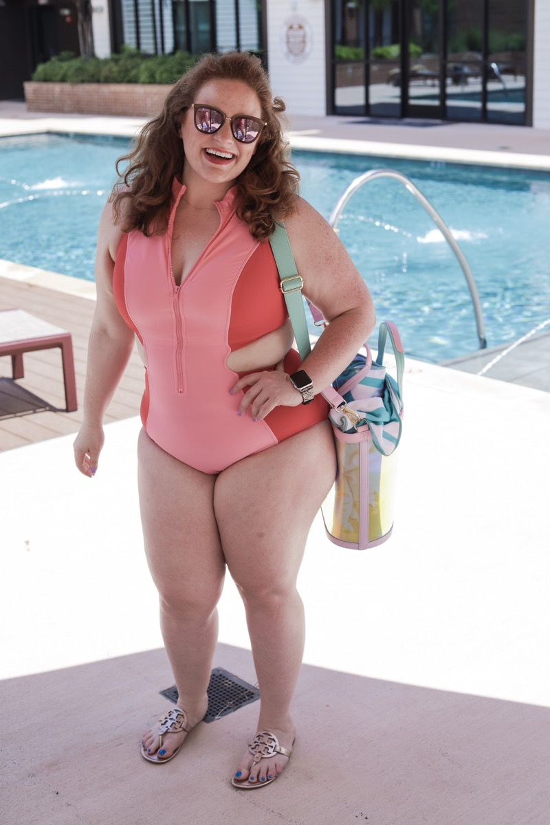 style for every body,, plus size, curvy, short, hourglass, swimsuits, american eagle, swimsuits for every body type, body positivity, the healthy curve, dallas bloggers, eloquii colorblock one piece, meredith, plus size swim