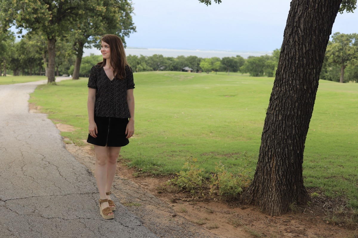 easy road trip from dallas, dfw, short drive, runaway bay, texas, runaway bay golf club and resort, texas golf club, texas golf course, roadtrippin, travel blogger, lments of style, ellemulenos, bridgeport, decatur, chico, lakeview tavern and grill, where to eat