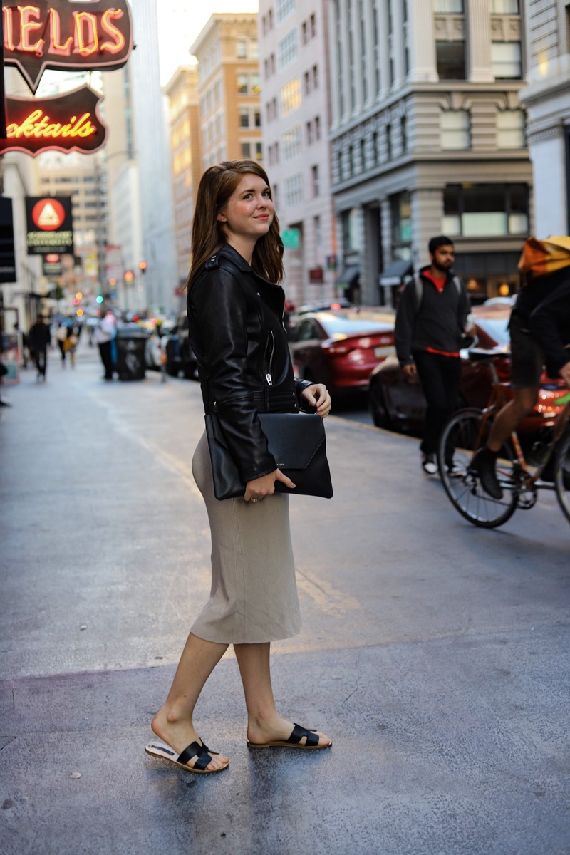 the art of versatility senreve envelope clutch styled 3 ways, leather laptop sleeve case, black leather clutch, senreve review, lments of style, san francisco, ellemulenos