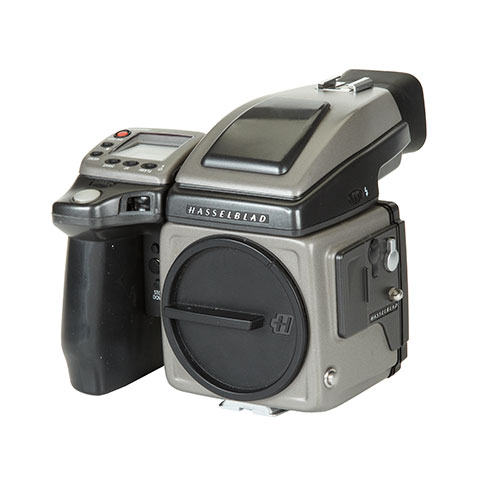 <p><strong>Hasselblad H2</strong>$200 per day<br>Body only</p>