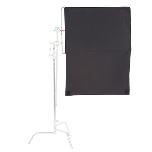 <p><strong>36x24 Floppy Cutter</strong>$8 per day<br>C-Stand not included</p>