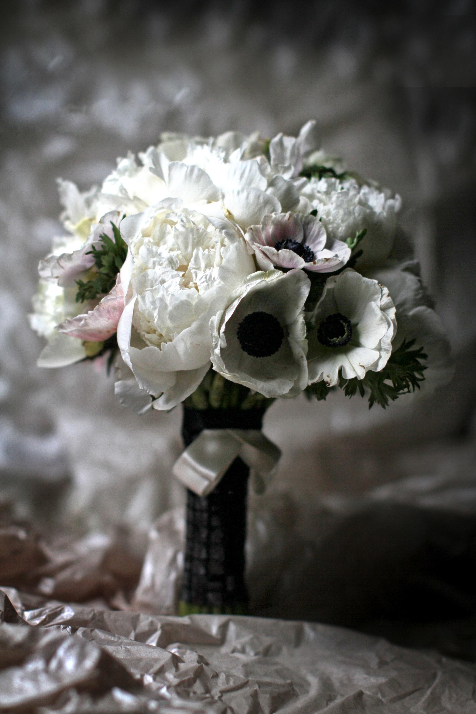 chanel_wedding5bouquets.jpg