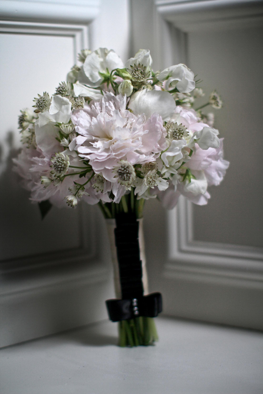 chanel_wedding14bouquets.jpg