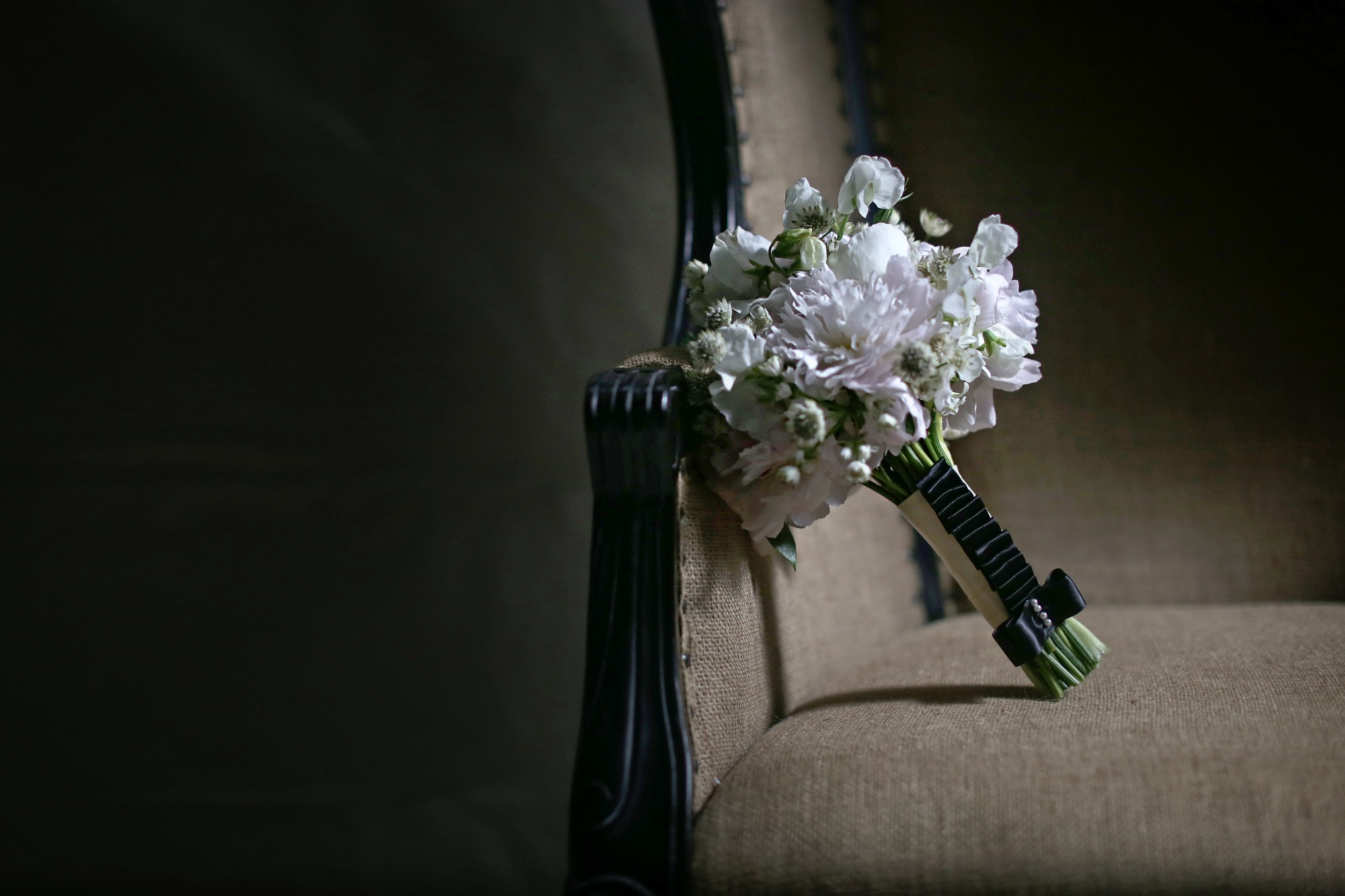 chanel_wedding27bouquets.jpg