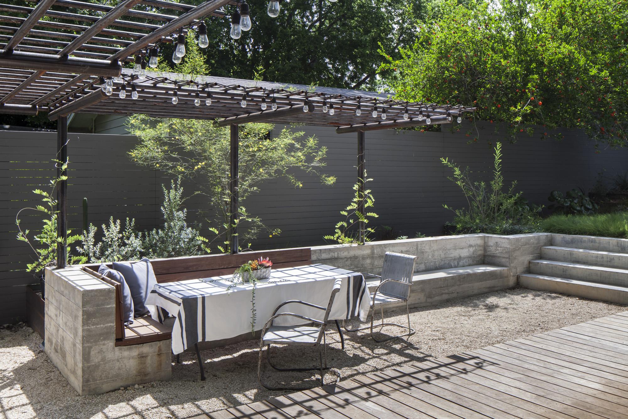 Elizabeth-Baird-Architecture-Garner Pool and Casita- seating area.jpg