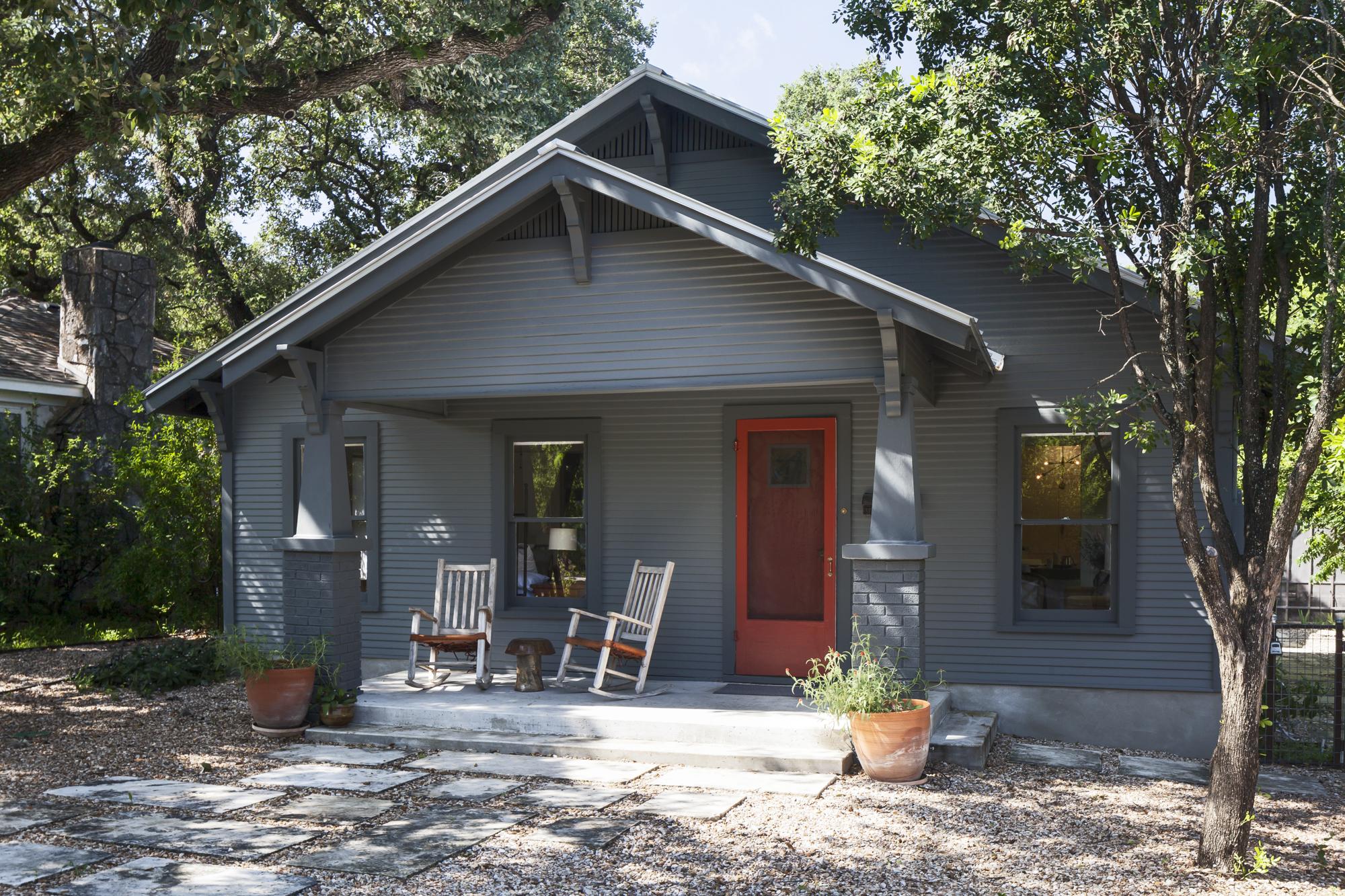 Elizabeth-Baird-Architecture-Annie Street-front of house.jpg