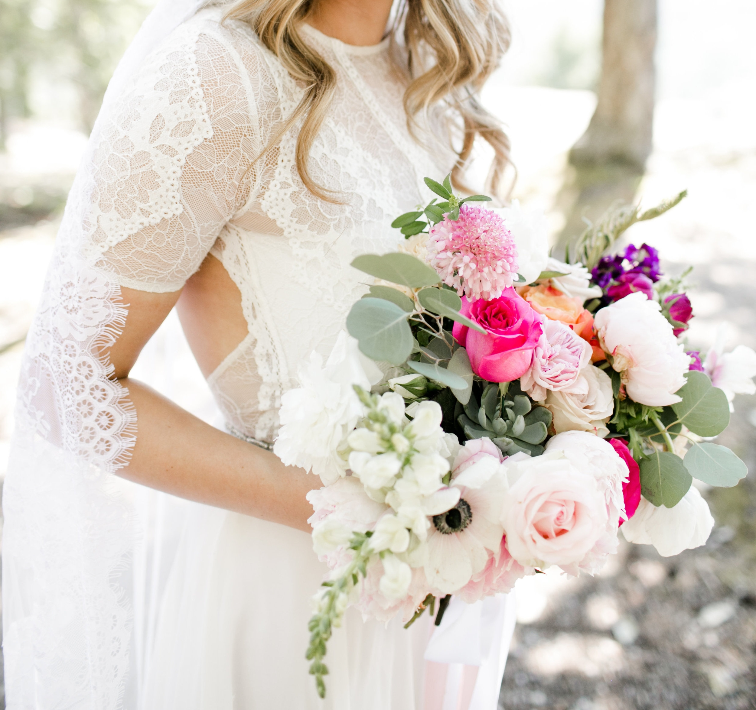 Vancouver-Island-Coombs-Wedding-Blush-Pink-Vibrant-Bridal-Bouquet.jpg