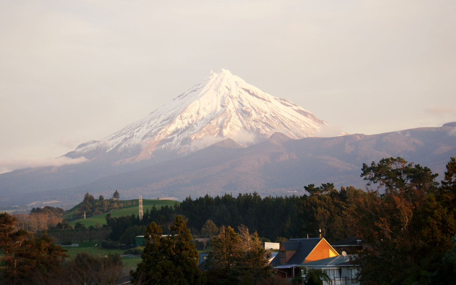 The view of Mt. Taranaki from Steve and Melayna's house in New Plymouth. I woke up to this view every morning.