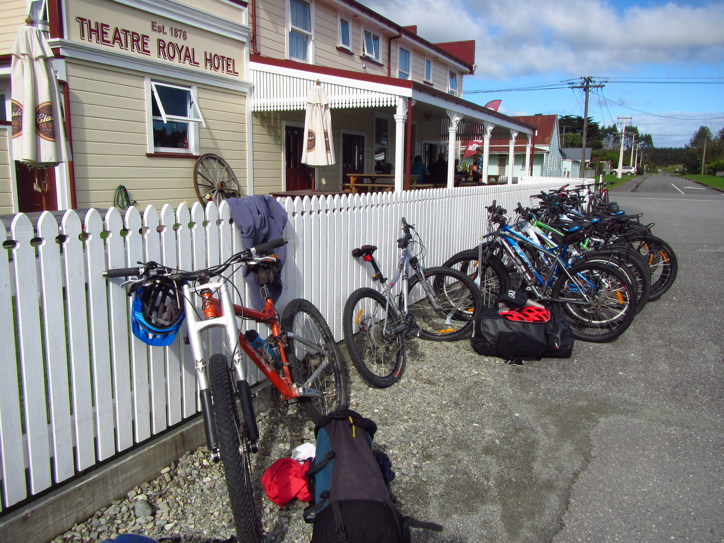 Parked up for coffee at the Theatre Royal Hotel, Kumara