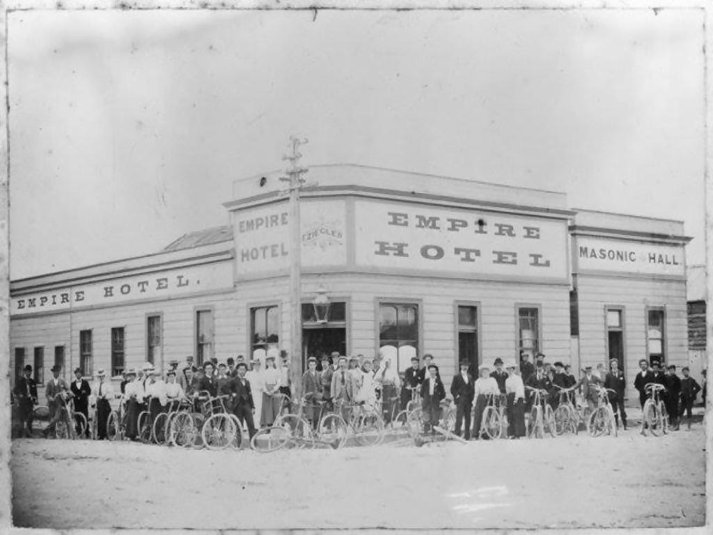 Hokitika Cycle Club outside the Empire Hotel