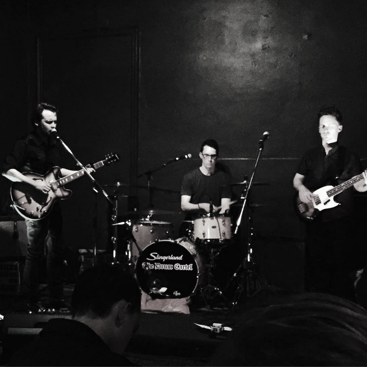Action shot from last week's show at The Milk Factory in Brisbane, courtesy of  Jen Mize .