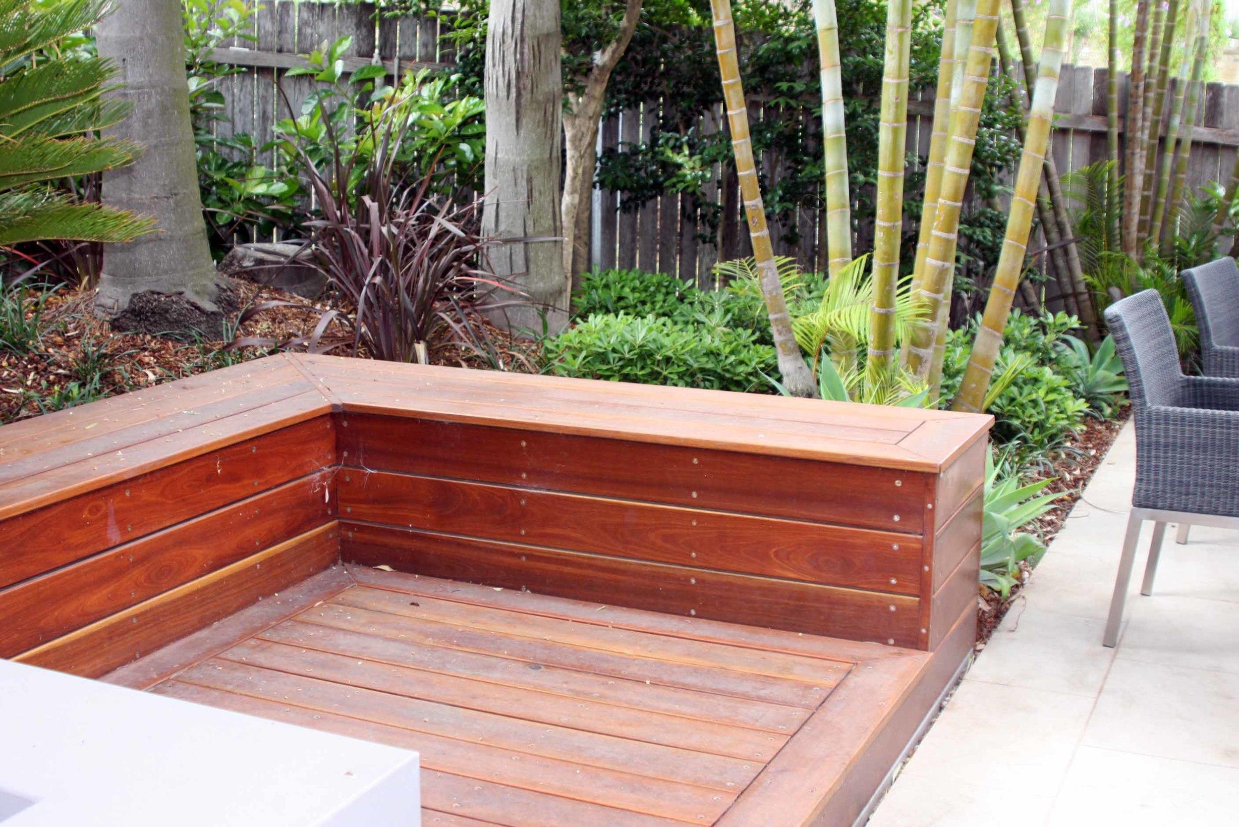 timber seat.jpg