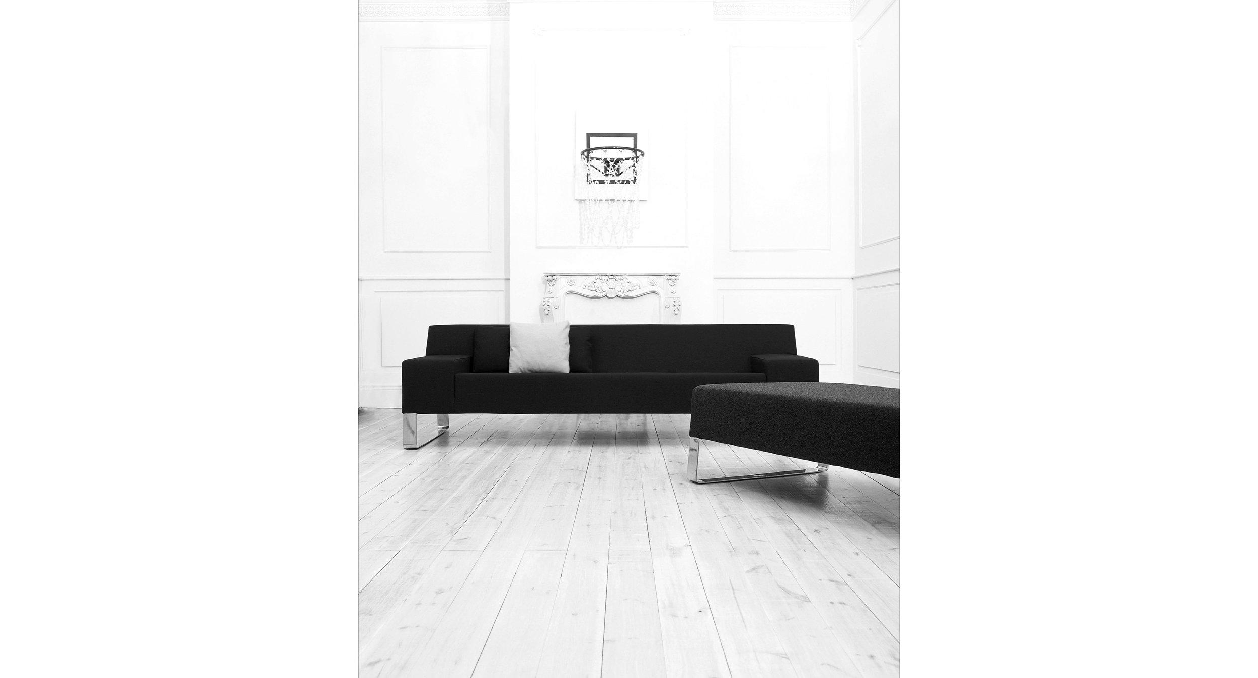Sanctus Sofa collection