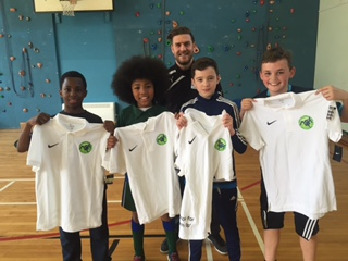 T shirt winners