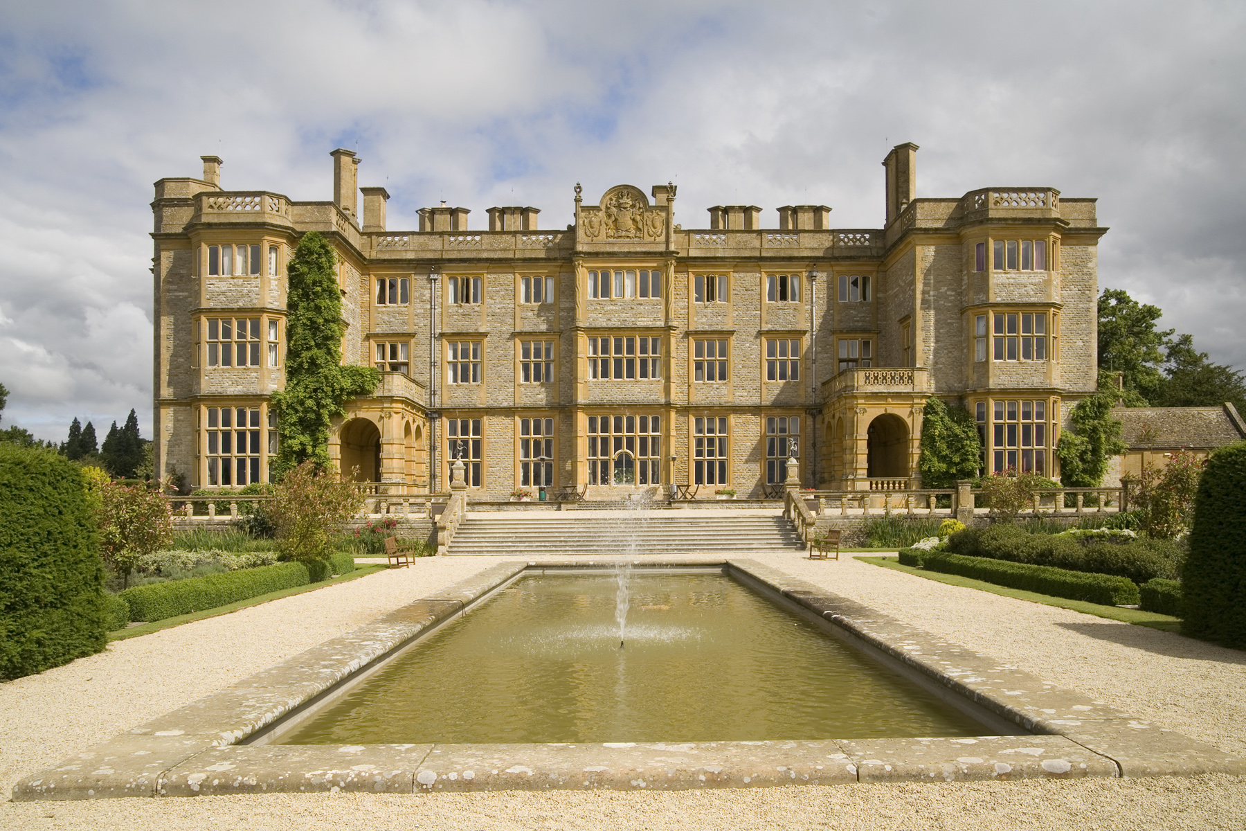 Eynsham Hall - new client for Coconut PR, Oxfordshire travel and leisure PR agency