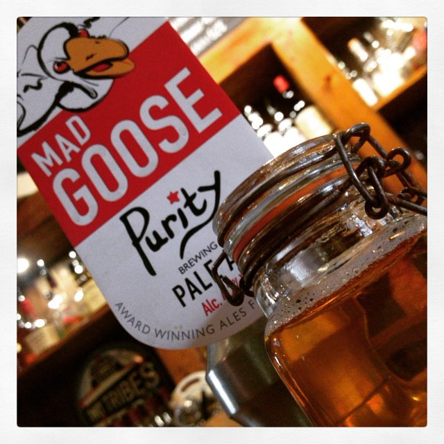 "This weeks new #GuestAle from Purity brewing Co. ""MAD GOOSE"" Pale Ale 4.2% 🍻"