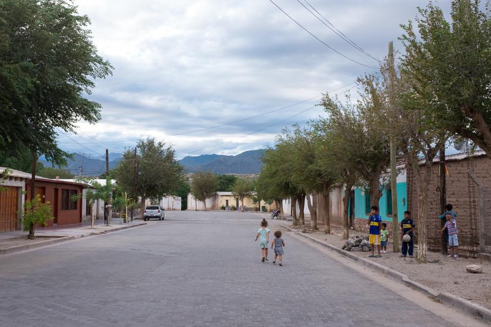 Downtown Molinos, population 900.