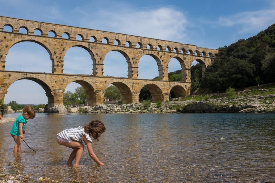 Sticks, stones and a Roman aqueduct