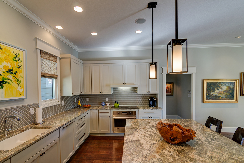 Custom-home-carmel-indiana-kitchen-granite.jpg