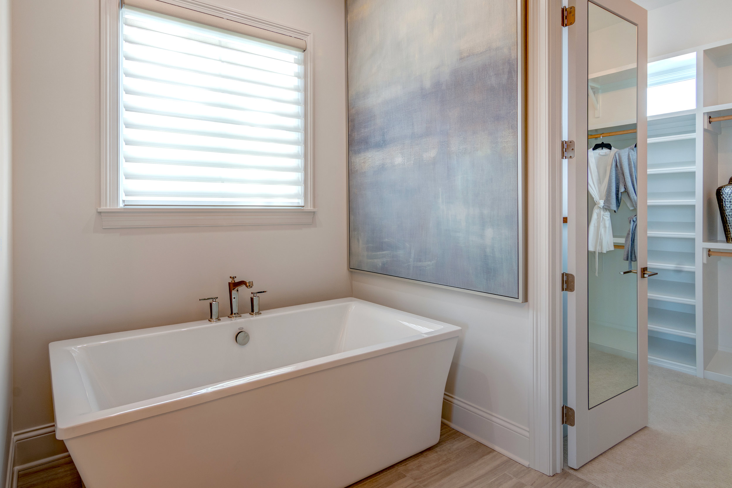 This destination bathtub from the 2018 Home-A-Rama steals the show in the master bath.