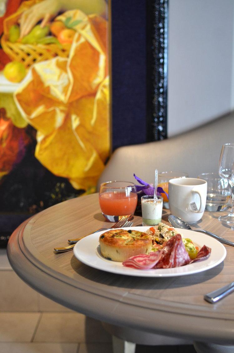 twinky lizzy blog aix en provence - brunch hotel roi rêne aix en provence 05.jpg