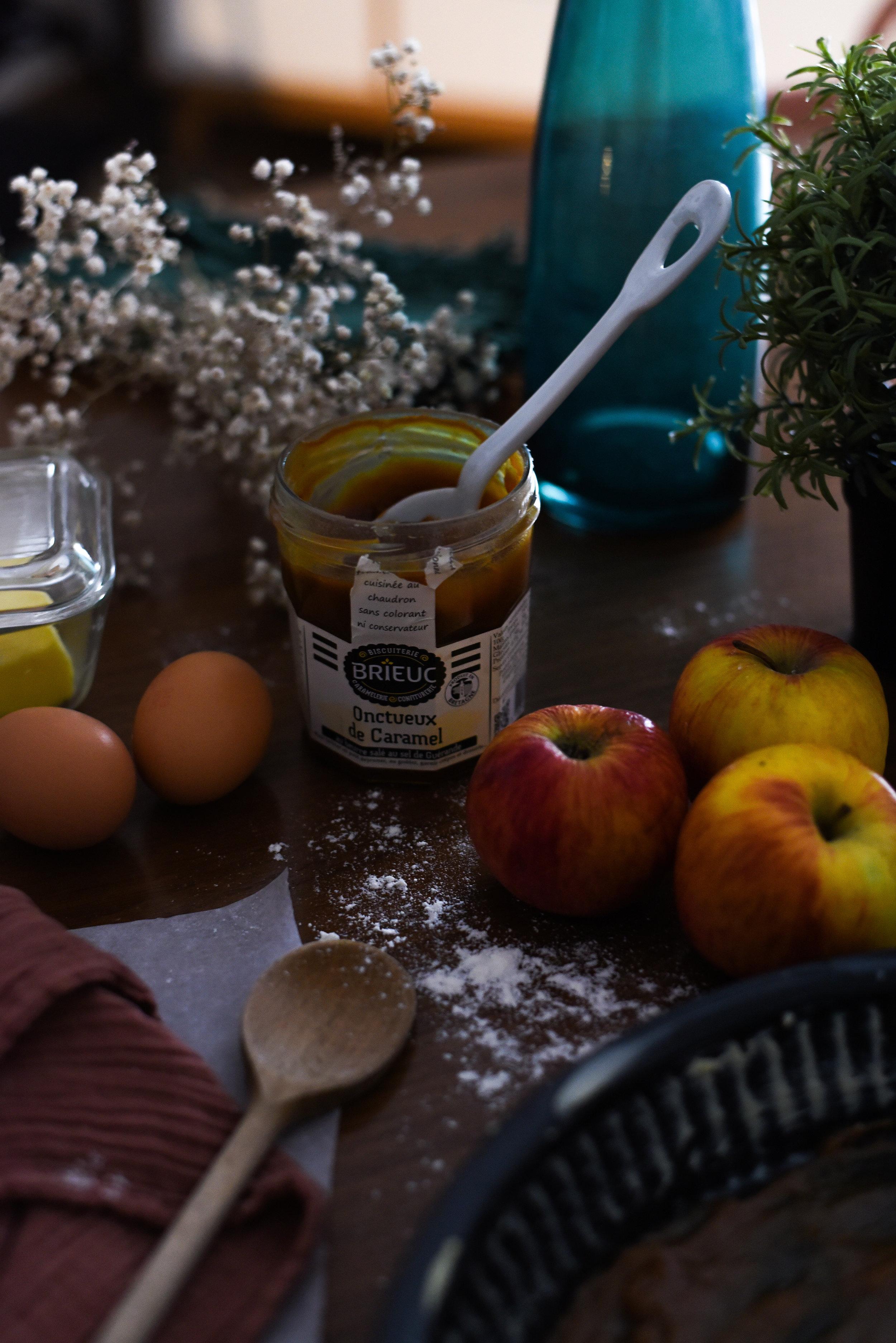 twinky lizzy blog aix en provence - recette gateau pomme caramel beurre sale 02.jpg