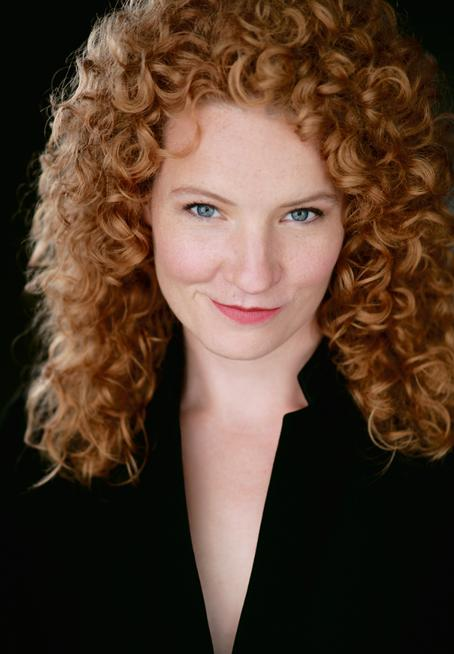 Abigail FISCHER — mezzo-soprano