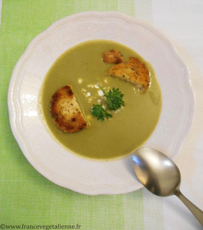 Soupe à l'oseille (végétalien)