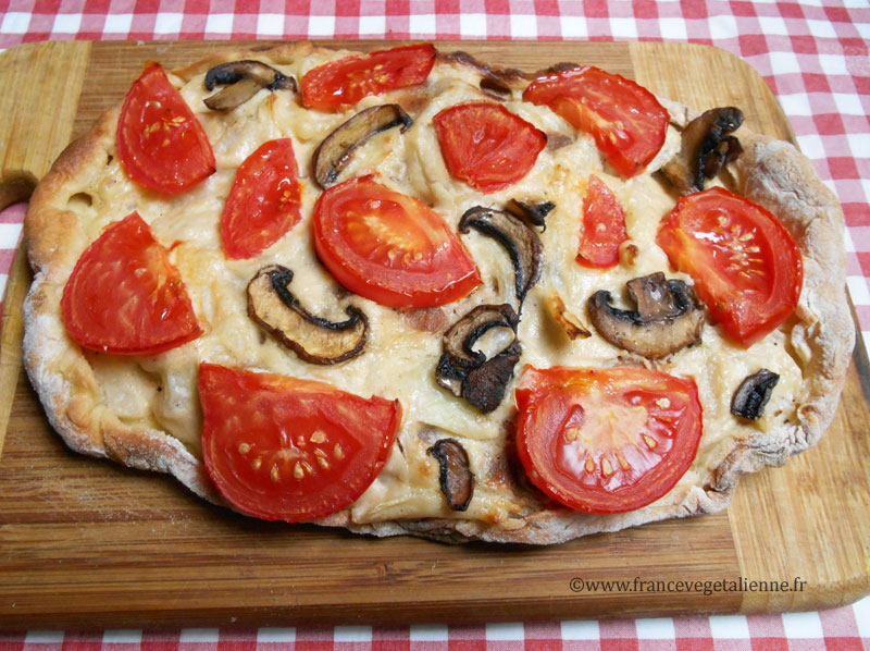 Flammeküeche tomate/champignon (recette végane)