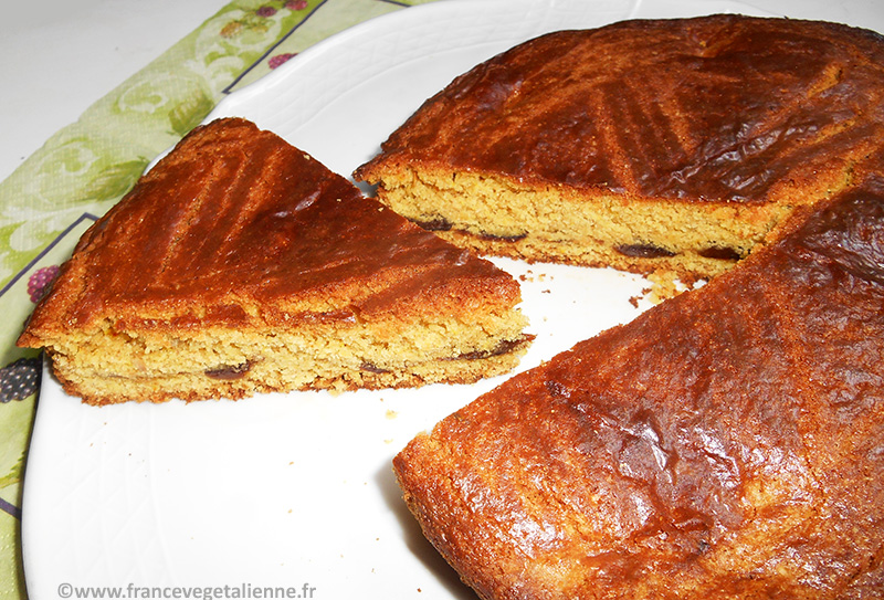 Gâteau breton fourré à la crème de pruneaux (vegan)
