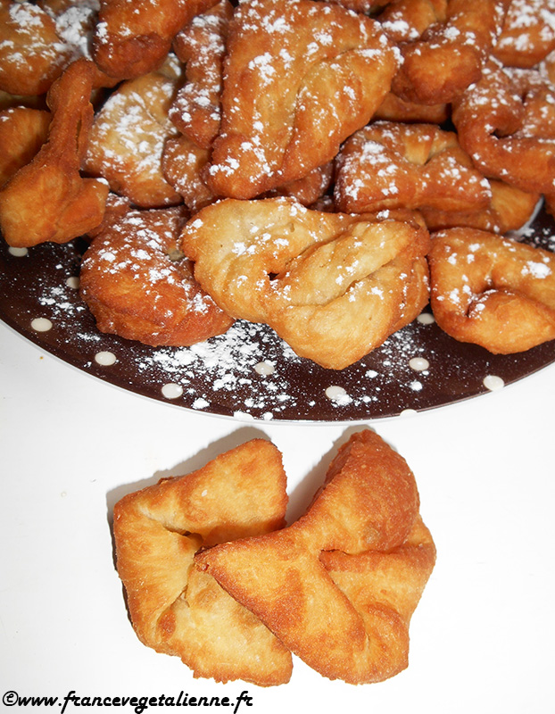 Bugnes (beignets lyonnais; recette végane)