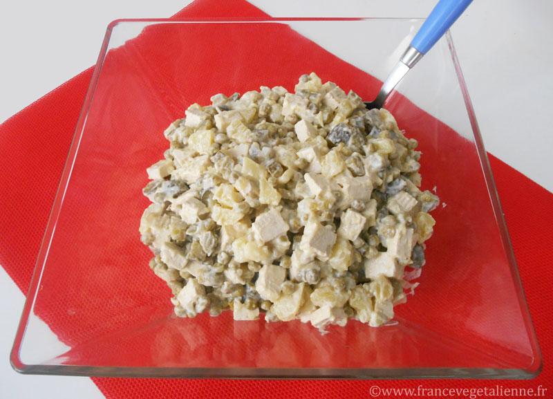 """Salade Olivier dite """"salade russe"""""""