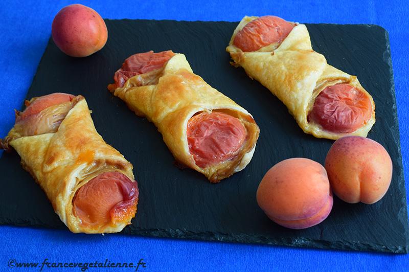 Oranais (croissants aux abricots)