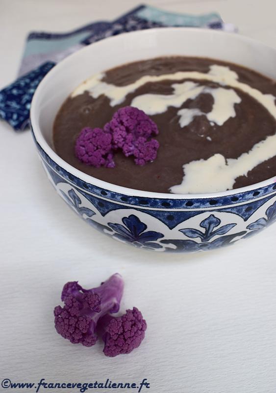 Soupe de chou-fleur violet (recette végane)