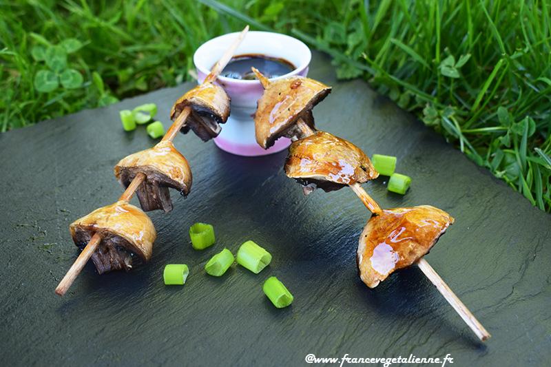 Yakitori aux champignons vegan .jpg