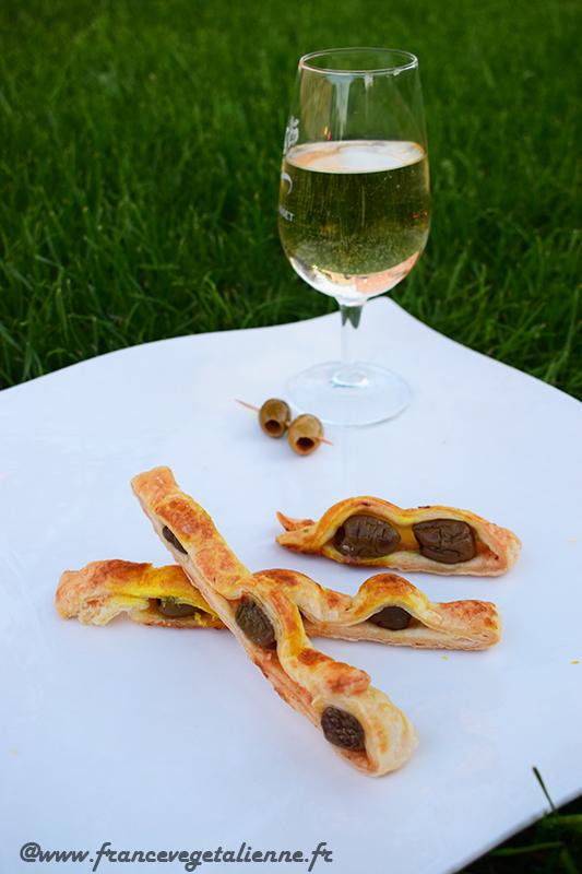 Feuilleté aux olives (recette végane)
