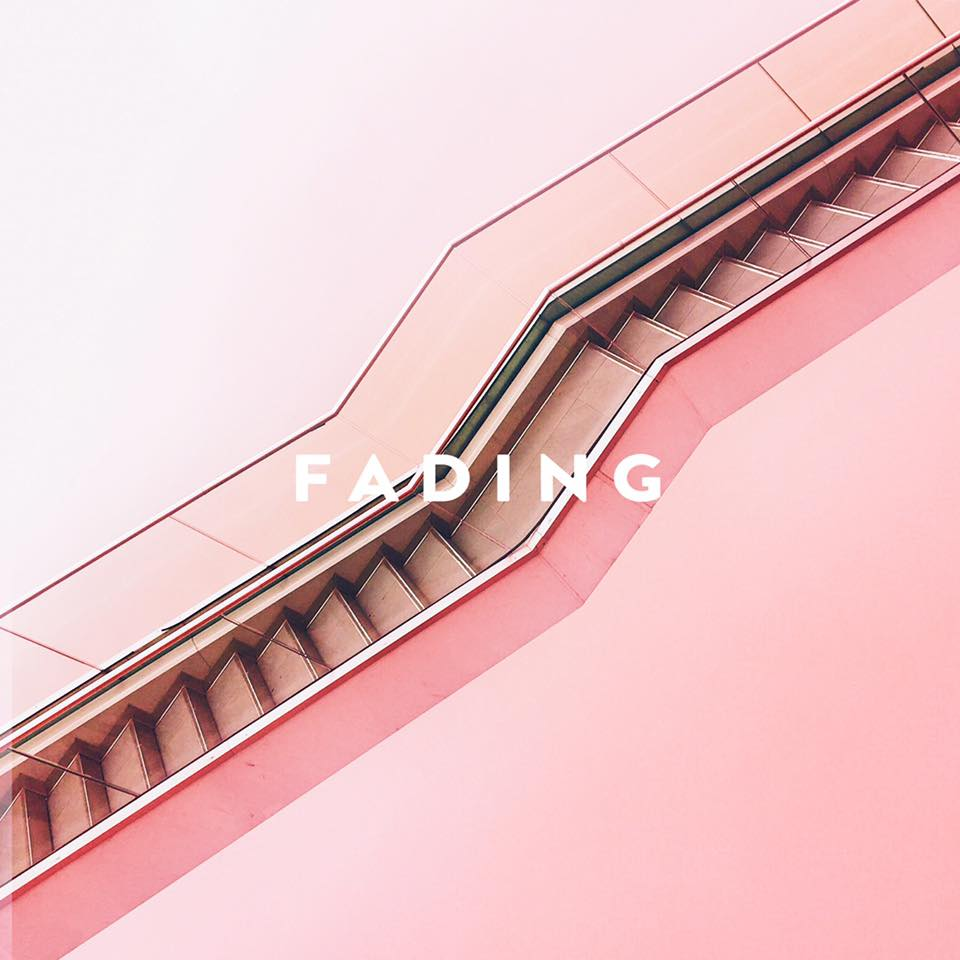 Vacation Manor - Fading