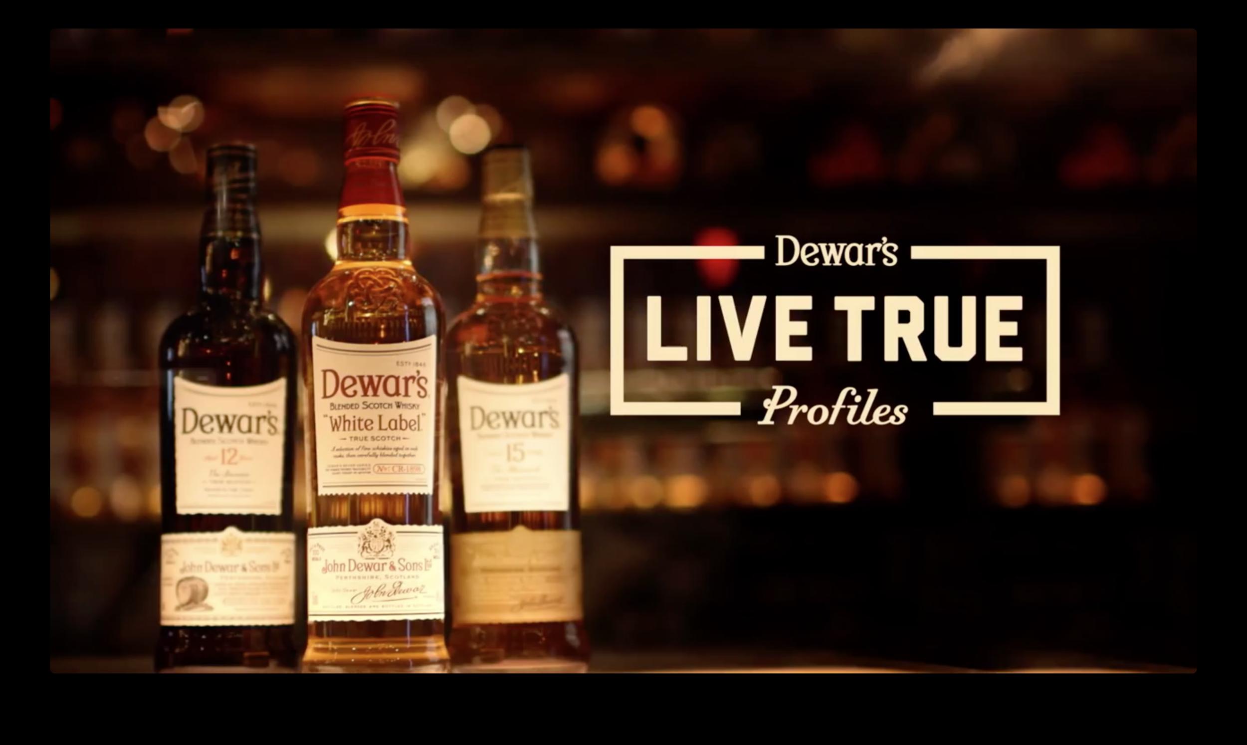 Dewars Live True Logo