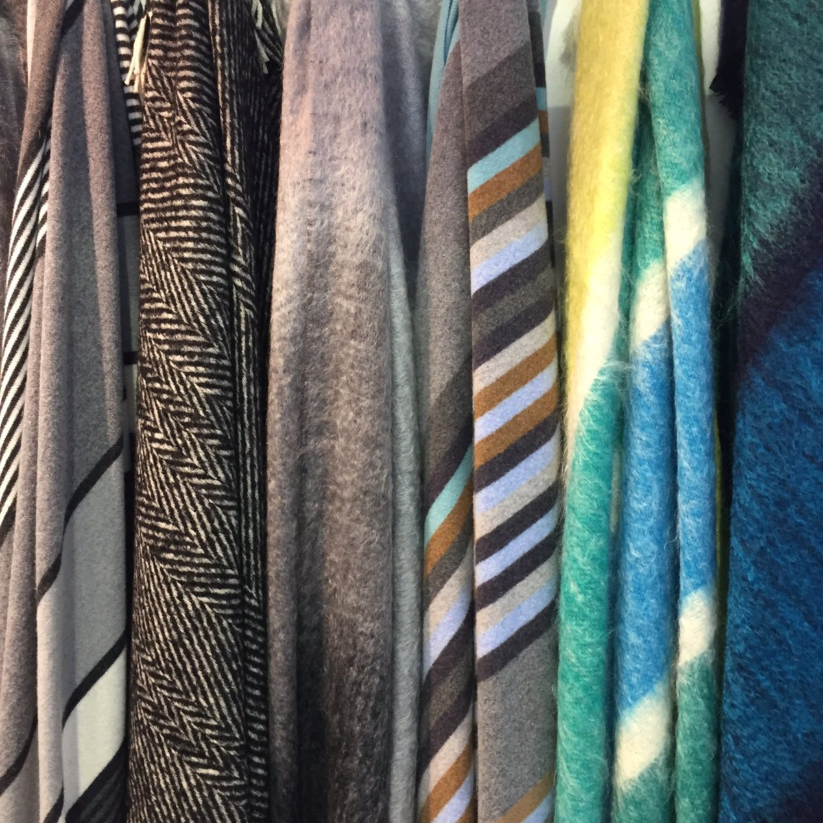 Green Grove Weavers Pulse London