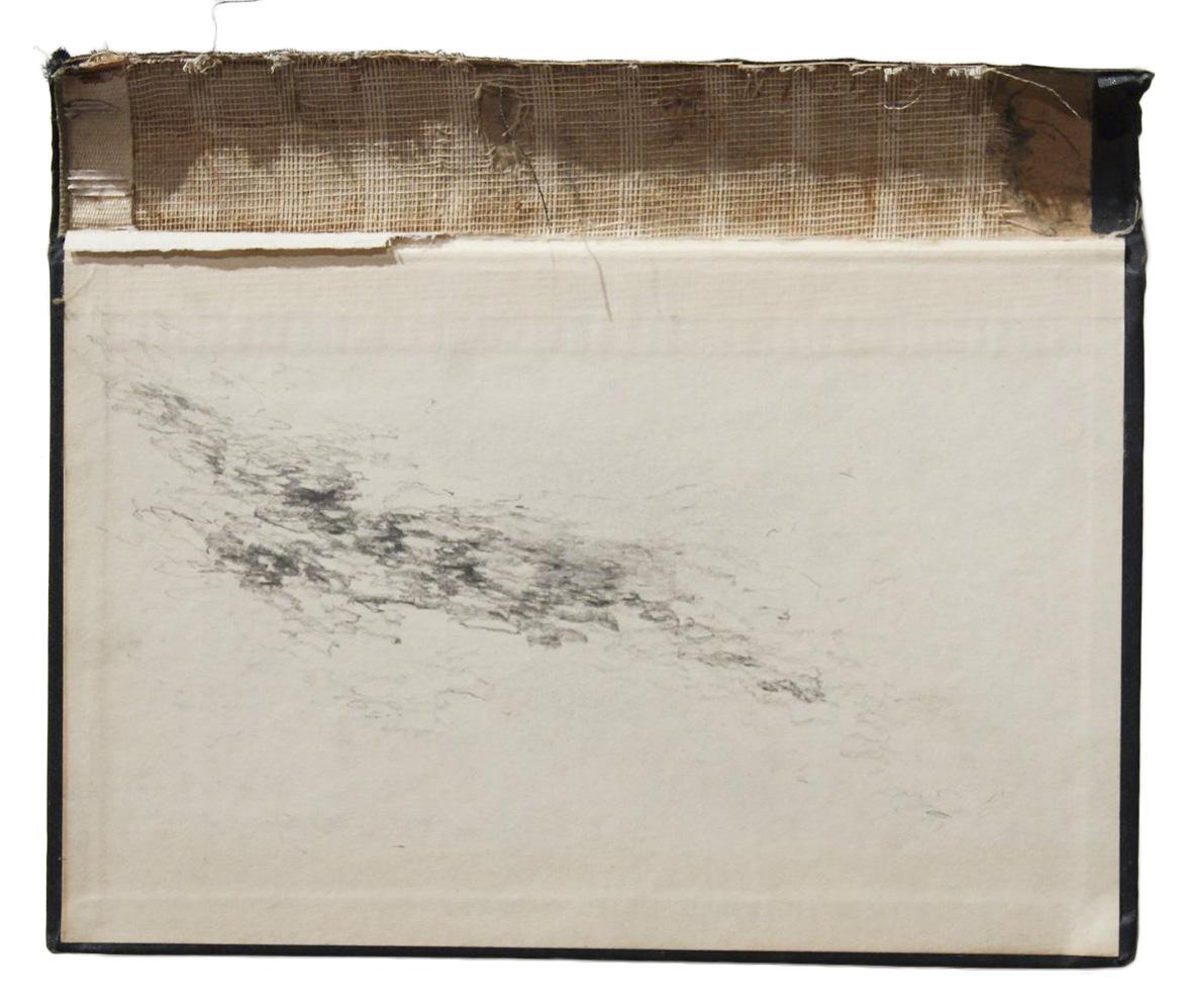 L  Técnica: Grafito sobre crátula de libro  Medida: 23,5 x 19 cm  Año: 2014