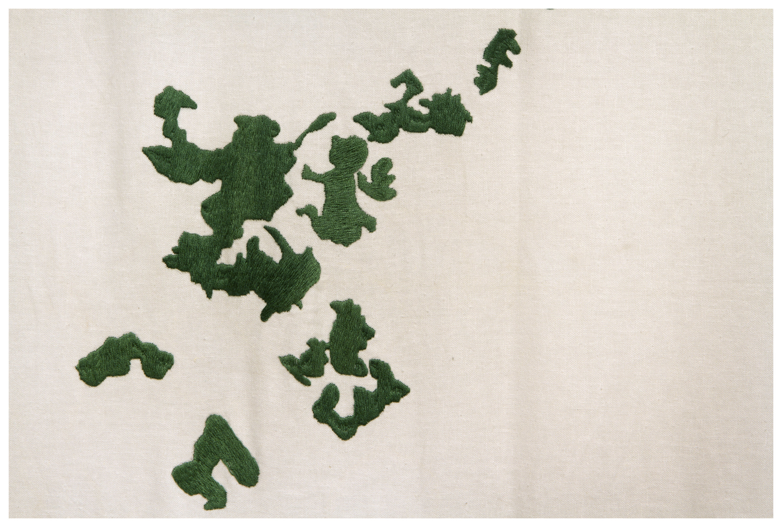 "Detalle ""Oasis""   Bodado sobre lino italiano; Embroidered on Italian linen   300 x 600 cm   2014"